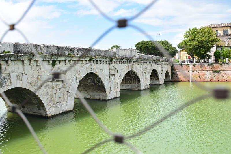 Ponte di Tiberio, Rimini, Italie photo stock