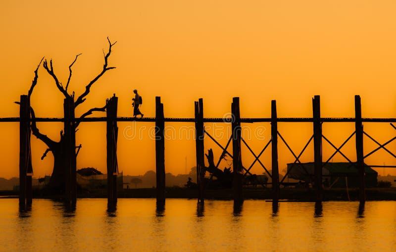 Ponte di U Bein, Amarapura, Myanmar fotografia stock libera da diritti