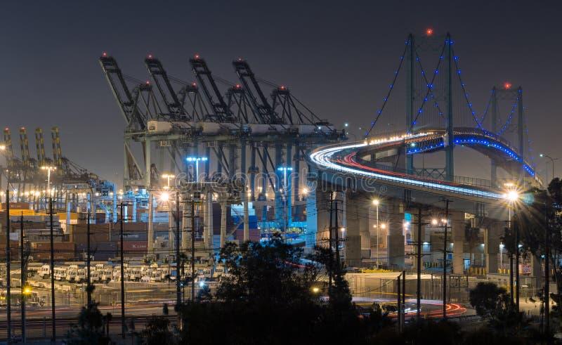 Ponte di Vincent Thomas alla notte immagine stock libera da diritti