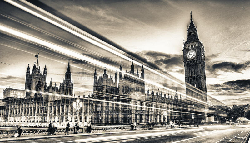 Ponte di Westminster al crepuscolo, Londra - Regno Unito fotografie stock