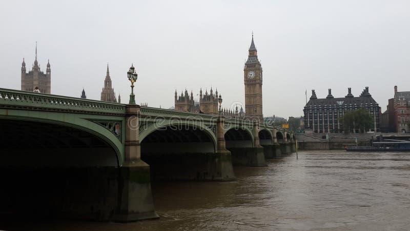 Ponte di Westminster ed il Ben anziano fotografia stock libera da diritti