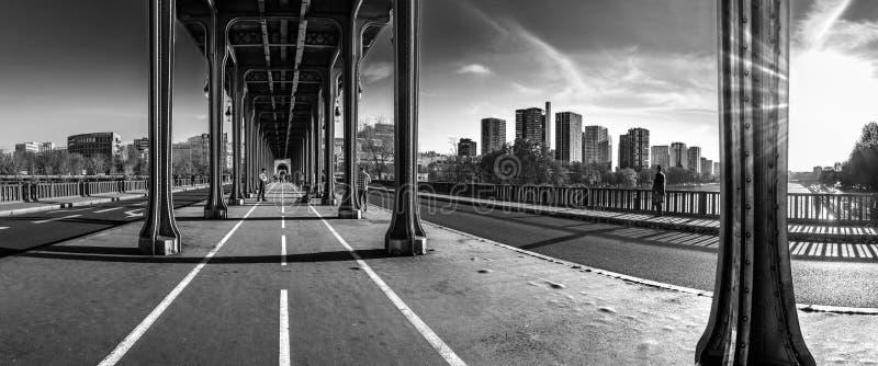 Ponte do Bir Hakeim foto de stock