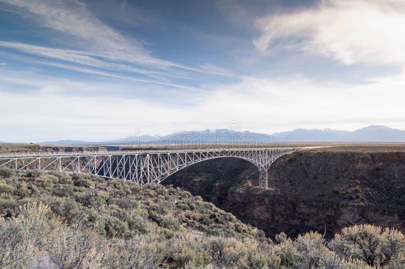 Ponte do desfiladeiro de Rio Grande imagens de stock