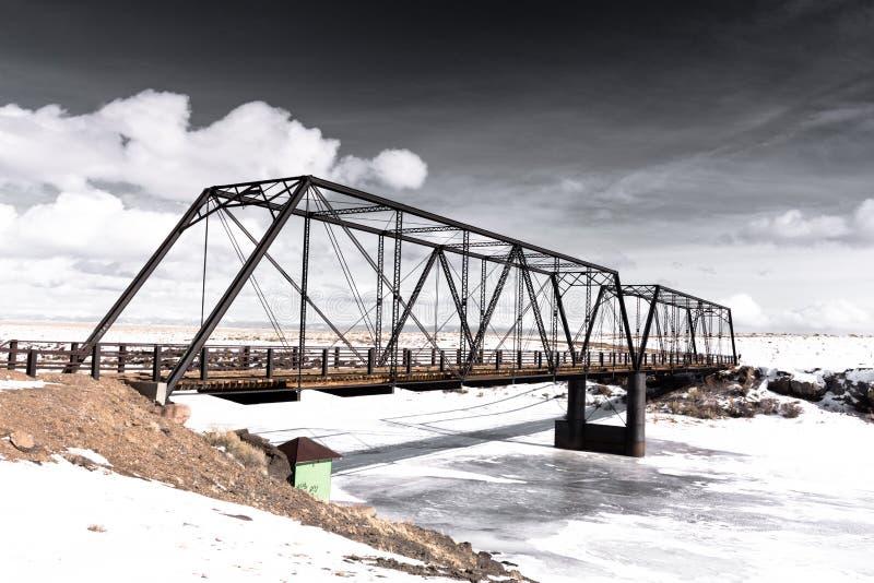 Ponte do ferro forjado que mede Rio Grande Em 1892 - Costilla County construído, Colorado imagens de stock