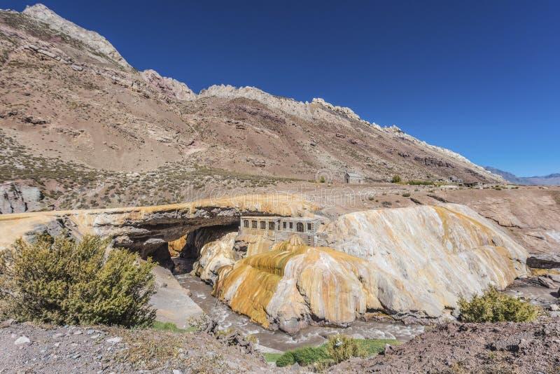 A ponte do Inca em Mendoza, Argentina. fotografia de stock