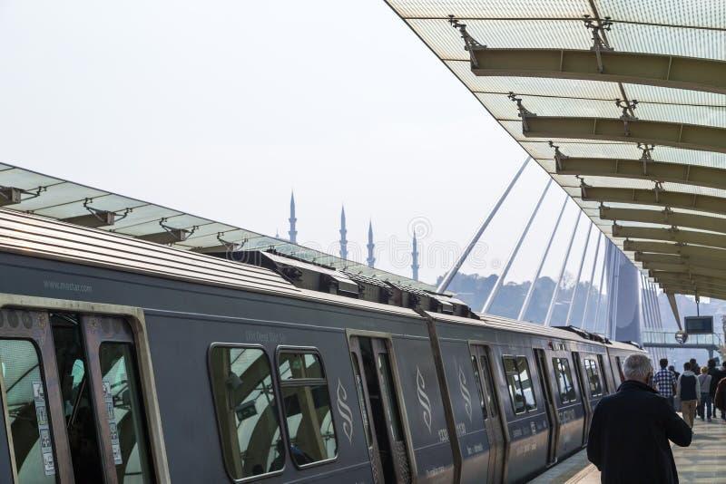 Ponte do metro de Halic, Istambul fotos de stock royalty free