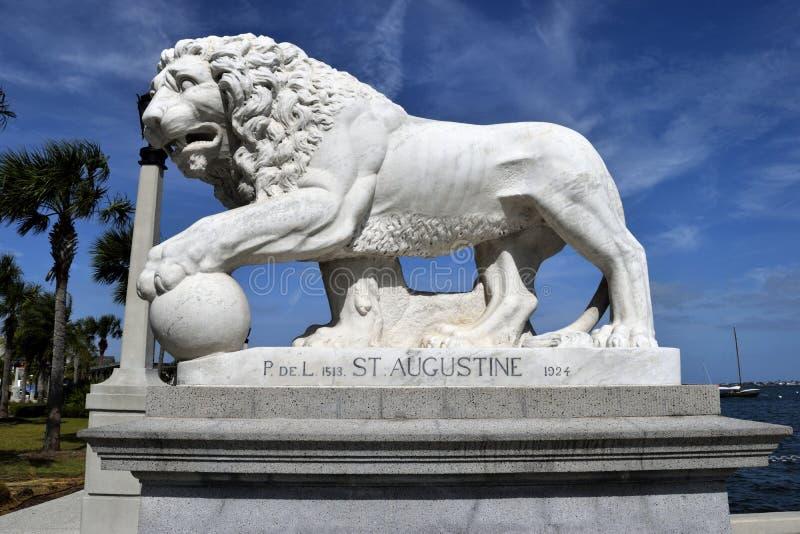Ponte do monumento dos leões, St Augustine, Florida foto de stock