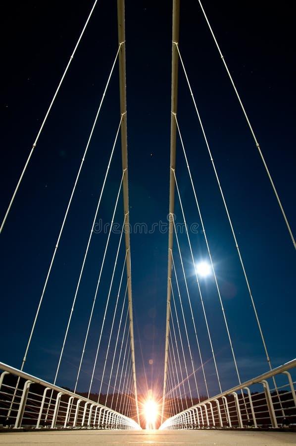 Ponte do Nighttime fotos de stock