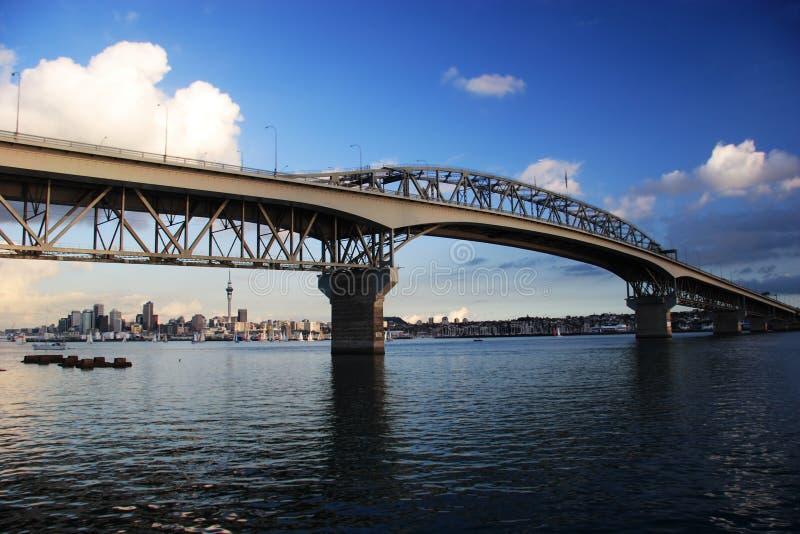Ponte do porto em Auckland imagem de stock royalty free