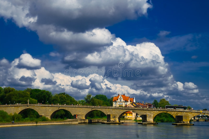 Ponte do rio foto de stock royalty free