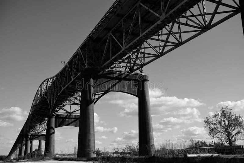 Ponte do rio de Calcasieu, ou ponte memorável da segunda guerra mundial de Louisiana foto de stock