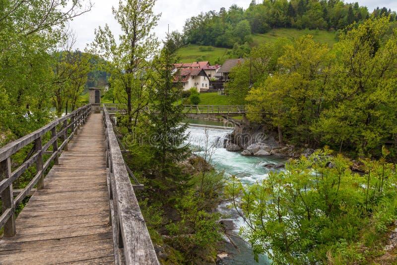 A ponte do ` s do diabo, passadiço de madeira em Skofja Loka foto de stock royalty free