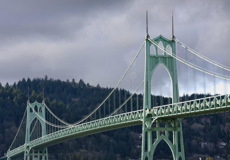 Ponte do St. John em Portland Oregon, EUA. imagem de stock