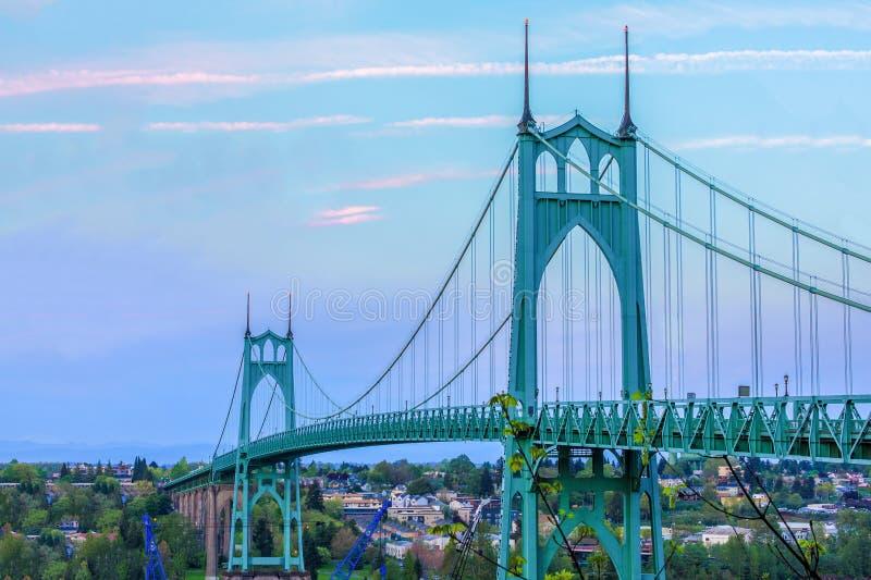 Ponte do St John em Portland Oregon, EUA fotografia de stock