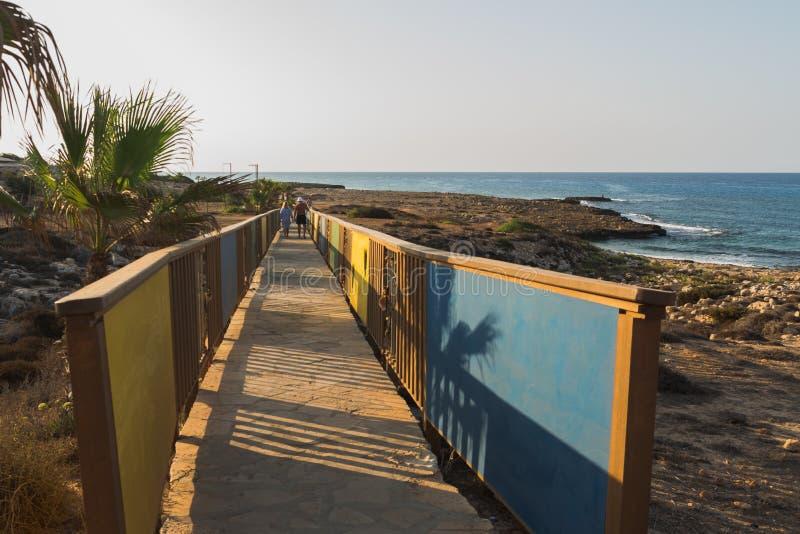 ponte dos amantes em Chipre imagem de stock