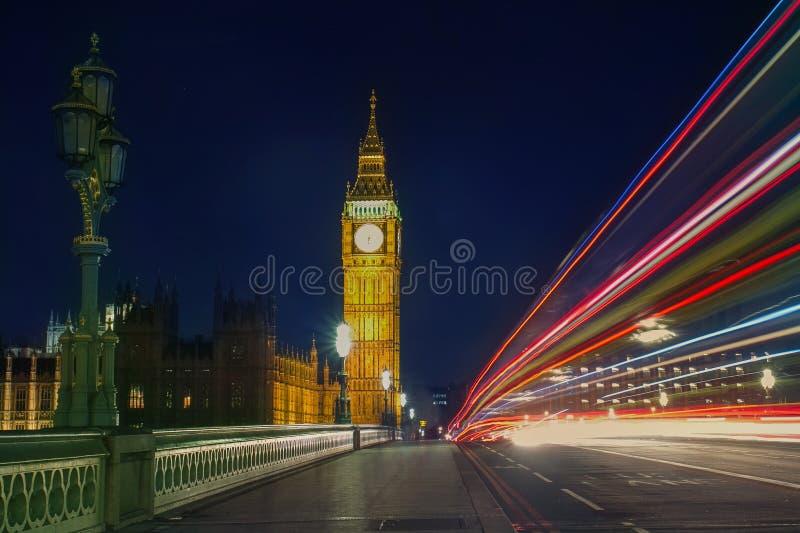 Ponte e Big Ben de Westminster fotos de stock royalty free