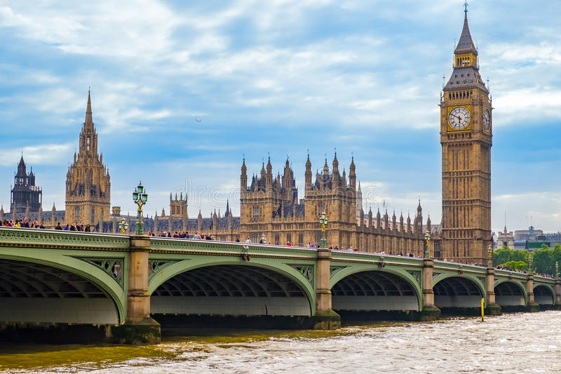 Ponte e Big Ben de Westminster foto de stock royalty free