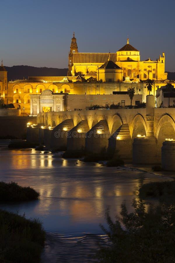 Ponte e moschea-cattedrale romani, Cordova fotografia stock