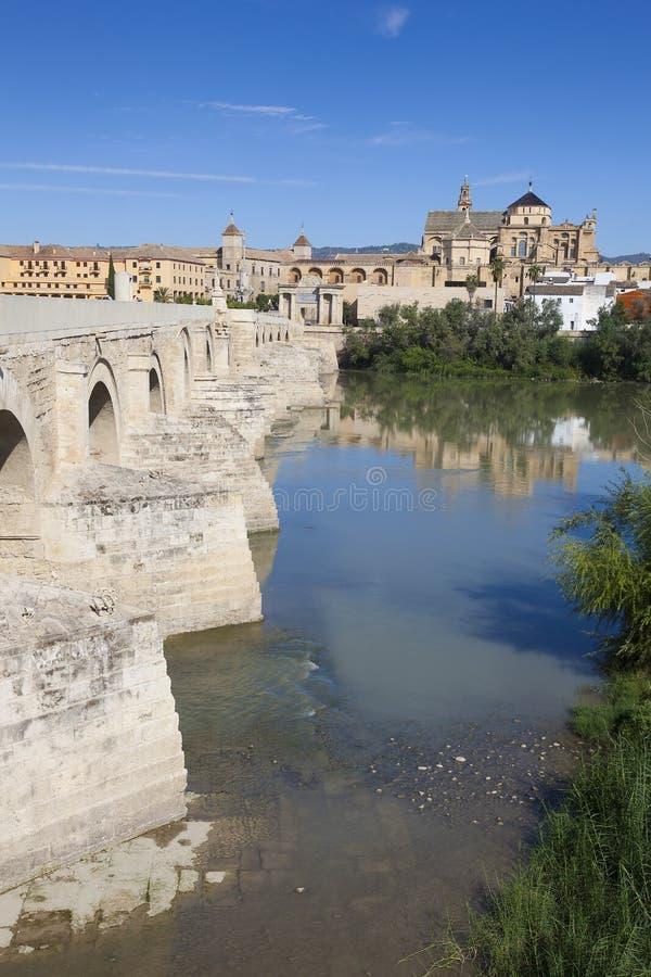 Ponte e moschea-cattedrale romani, Cordova fotografie stock libere da diritti