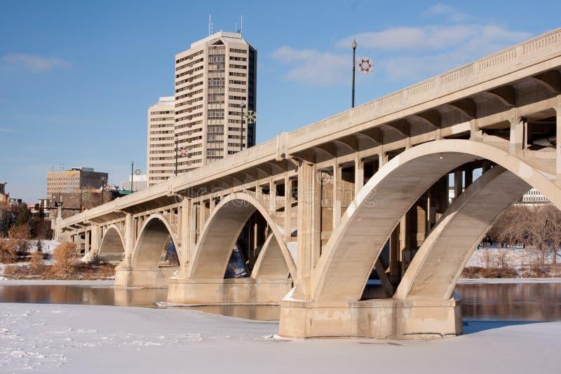 Ponte e paisagem da cidade fotografia de stock royalty free