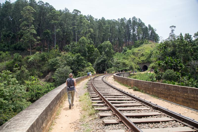 Ponte famosa de nove arcos em Demodara, Sri Lanka fotografia de stock
