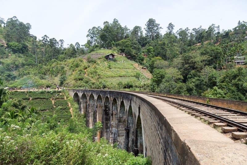 Ponte famosa de nove arcos em Demodara, Sri Lanka fotos de stock royalty free