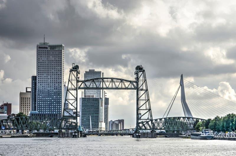 Ponte ferroviario monumentale De Hef immagini stock libere da diritti