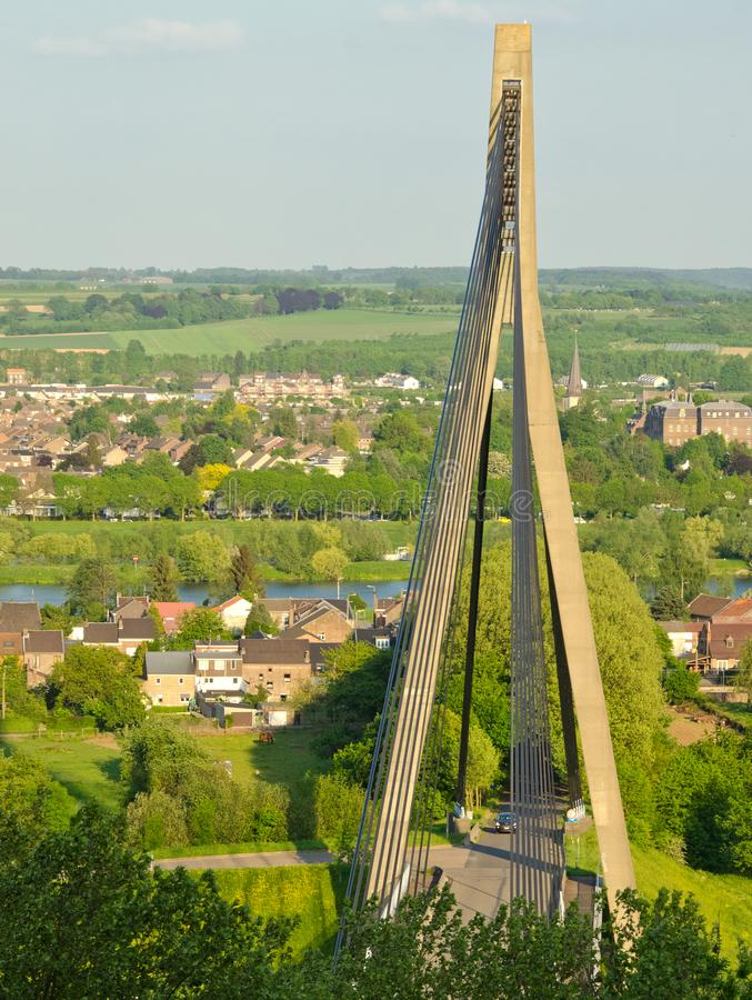 Ponte gigante vicino a Vise, Belgio fotografia stock libera da diritti