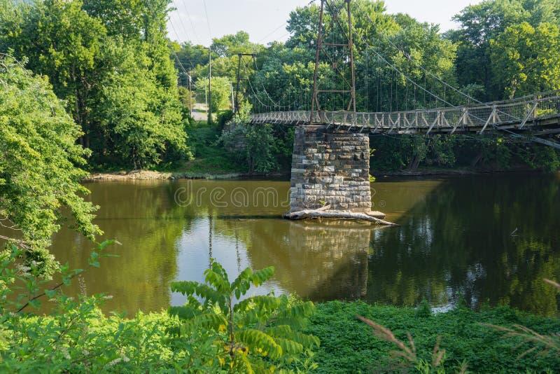 Ponte Histórica de Suspensão de Buchanan fotos de stock royalty free