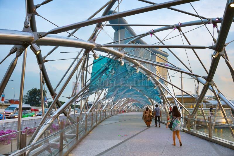 Ponte interno dell'elica a Singapore fotografie stock