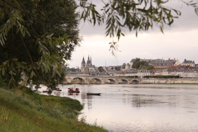 Ponte Jacques-Anzha Gabriel em Blois foto de stock royalty free