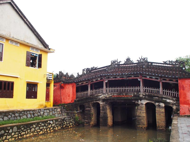 Ponte japonesa chinesa em HOI-AN, um lugar da herança cultural do mundo em VIETNAME fotos de stock royalty free