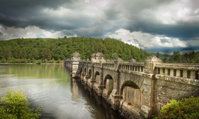 Ponte Julian Bound de Lakr Vyrnwy foto de stock royalty free