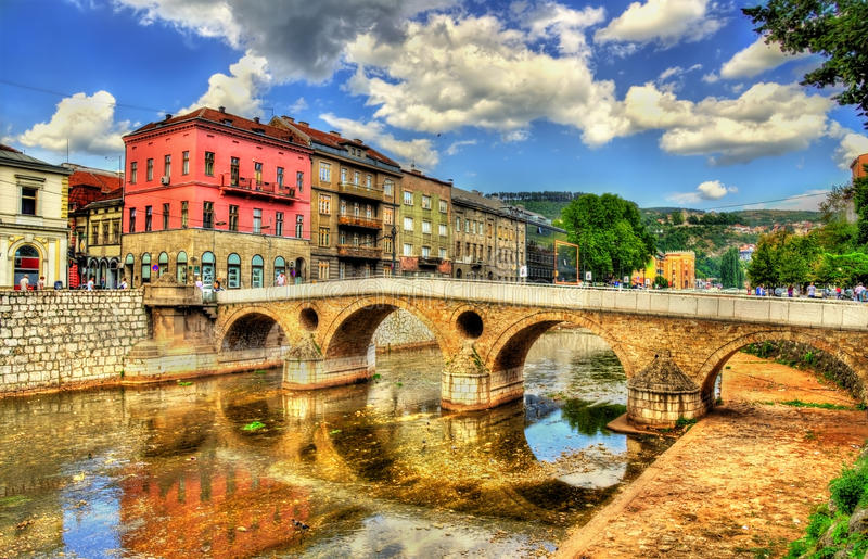 Ponte latino em Sarajevo imagens de stock royalty free
