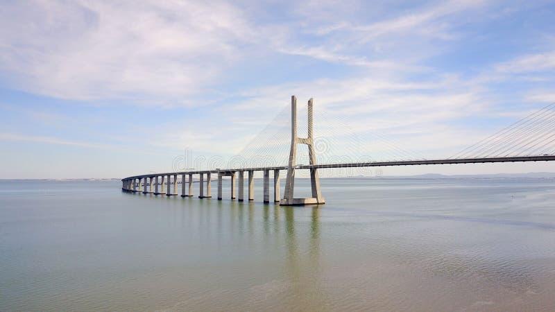 Ponte Lisbona, Portogallo - Vasco da Gamma immagini stock