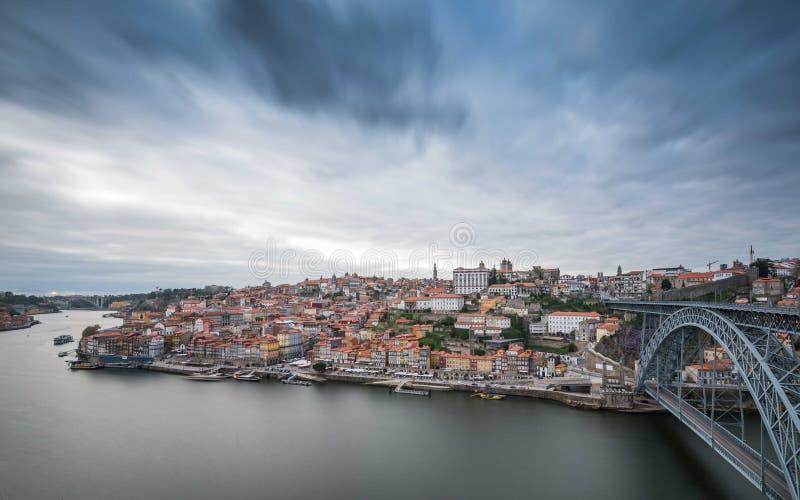 Ponte LuÃs I y Oporto Ribeira fotografía de archivo
