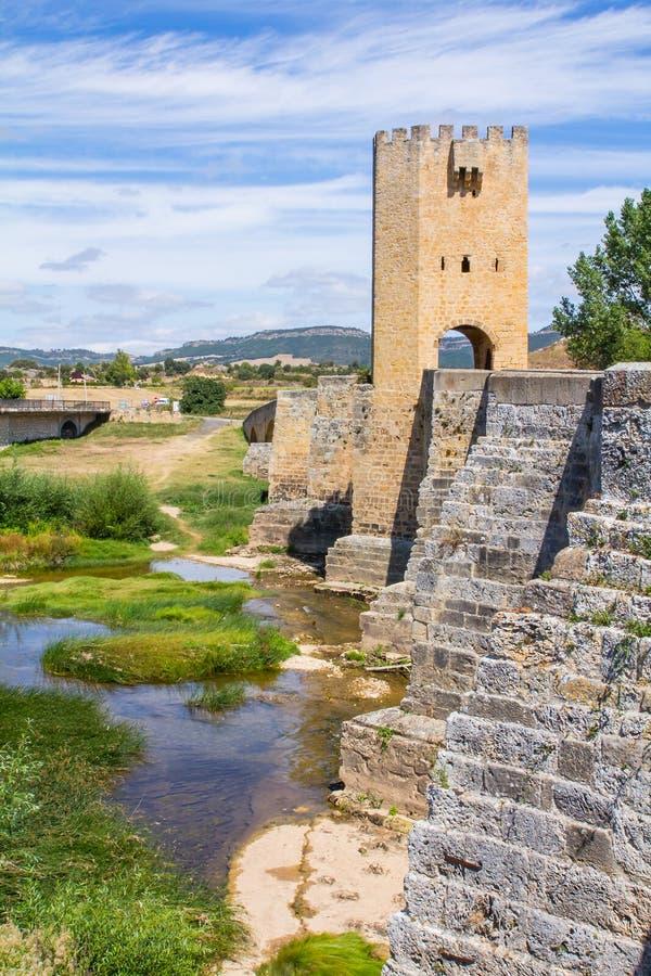 Ponte medievale a Burgos immagine stock