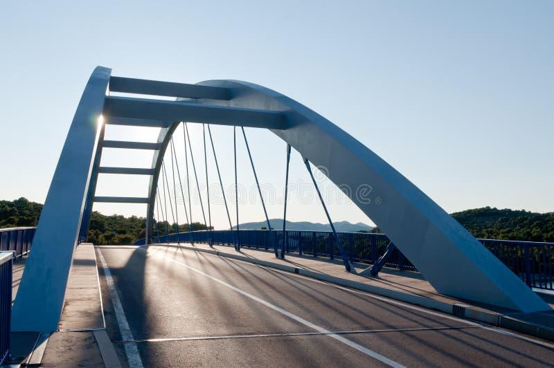 Ponte moderno della strada fotografia stock