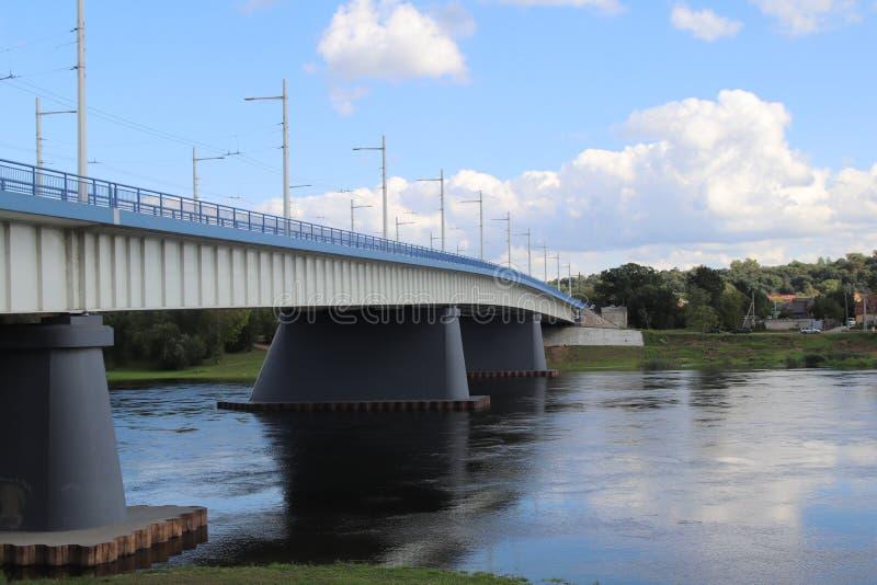 Ponte na cidade de Kaunas fotografia de stock royalty free