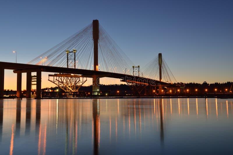 A ponte nova de Mann do porto no nascer do sol fotos de stock