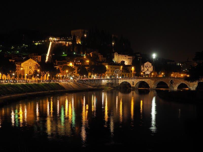 Ponte Pietra most, Verona obrazy stock