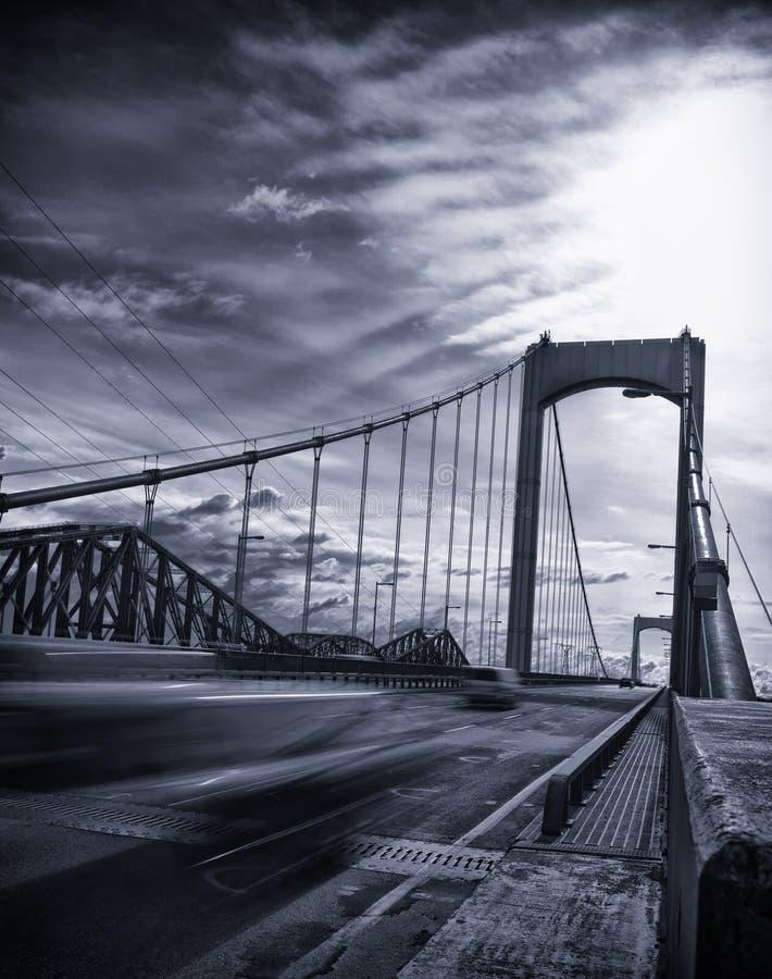 Ponte preto e branco fotos de stock