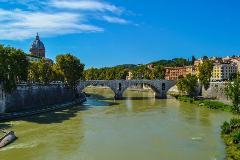 Ponte Principe Amedeo Savoia Aosta de Ponte Vittorio Emanuele photographie stock libre de droits