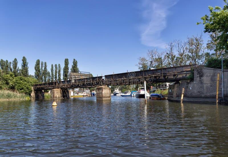 Ponte railway velha fotografia de stock royalty free