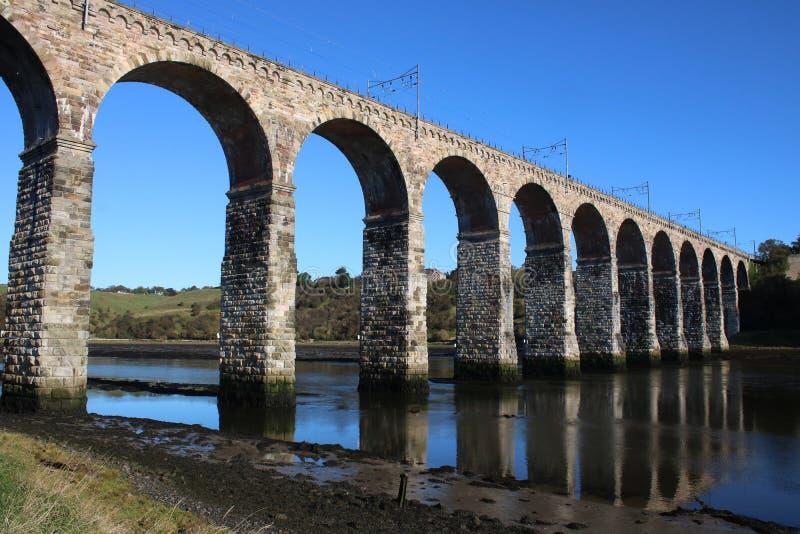 Ponte real da beira, mistura de lã do rio, Northumberland foto de stock