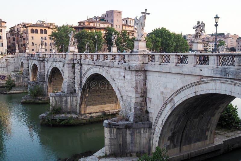 Ponte Sant ??ngel en Roma, Italia fotografía de archivo libre de regalías