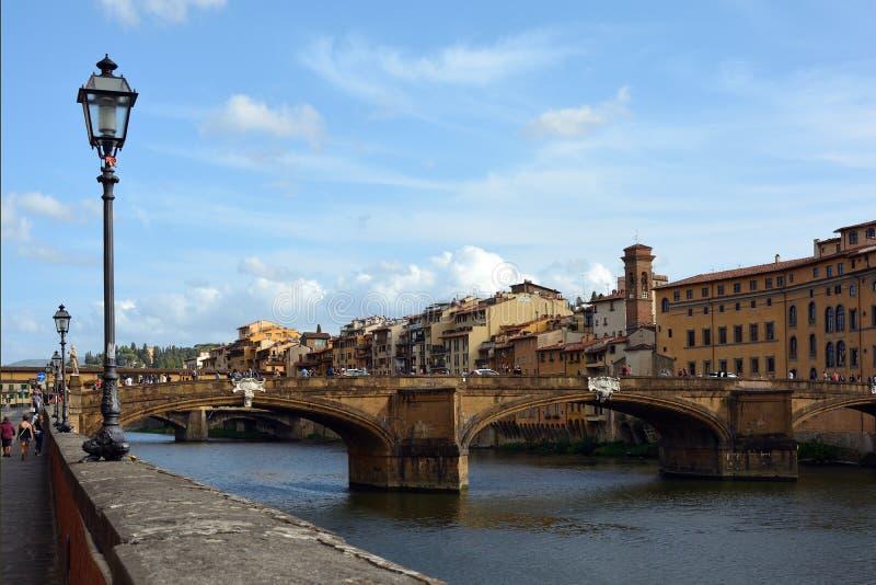 Ponte Santa Trinita Firenze - in Italia fotografia stock libera da diritti