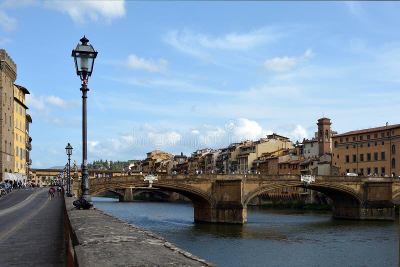 Ponte Santa Trinita Firenze - in Italia immagine stock