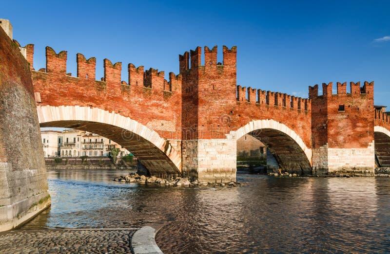 Ponte Scaligero, Verona, Italia foto de archivo libre de regalías