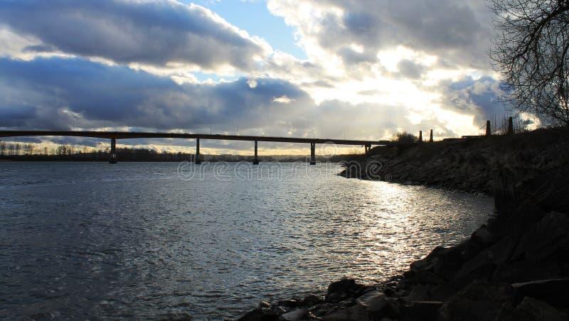 Ponte sobre Fraser River na missão BC fotografia de stock royalty free